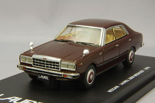Nissan Laurel 4door